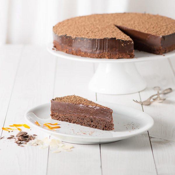 Marusin Oma Bocks dunkler Schokoladenkuchen Stueck