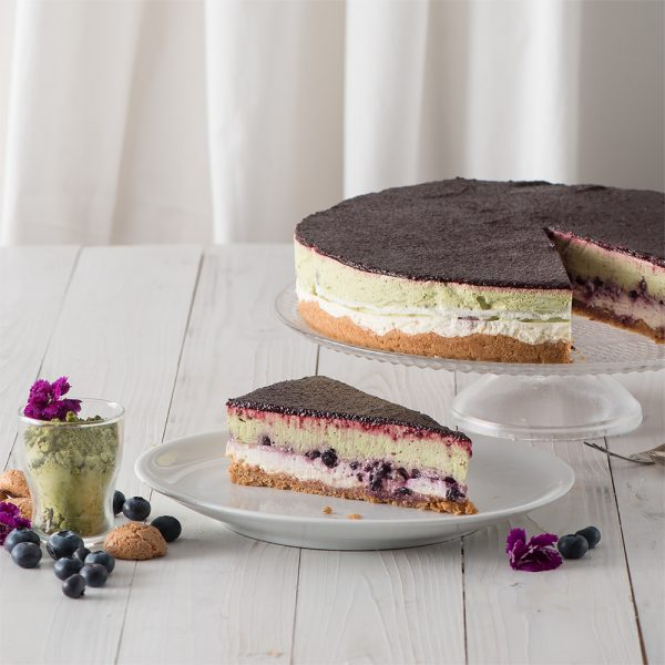 Marusin Heidelbeer-Mascarpone-Kuchen mit japanischem Bio-Matcha und Bourbon-Vanille 2