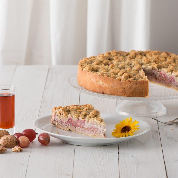 Marusin Stachelbeer-Nusscreme-Kuchen mit Walnuss-Streuseln Stueck